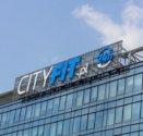 Reklama CITY FIT na budynku OBC